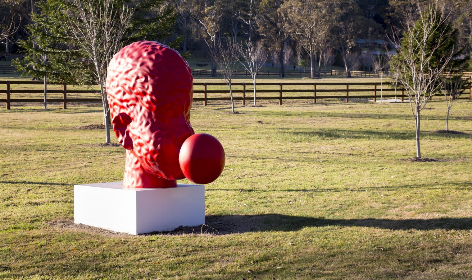 2-bubble-gum-red-Sculpture-website-template-size-1520x900