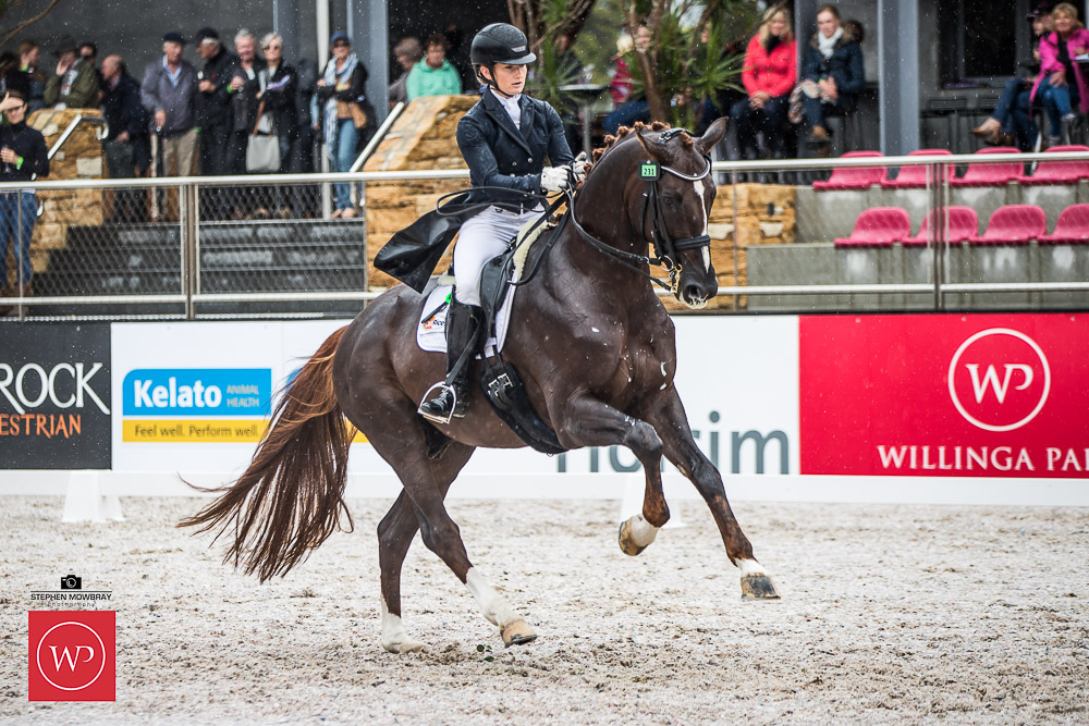 Setting a new national freestyle point score record, Alexis Hellyer and'Blufields Floreno' win the class with a score of 75.53%